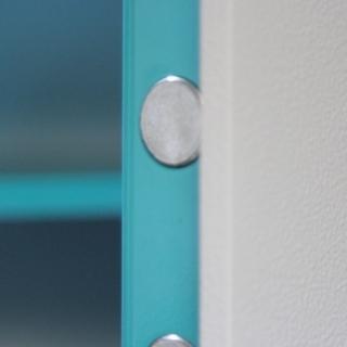 Мебельный и офисный сейф Juwel 7203